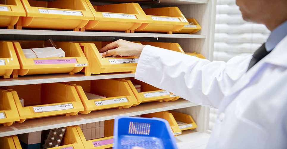 'Ward pharmacist' model helping to reduce medication errors in Northern Ireland