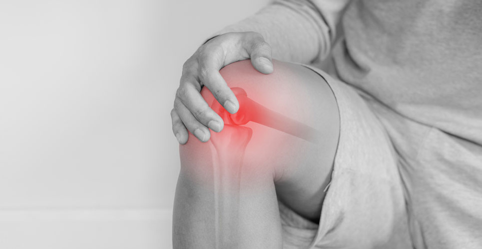 Vitamin D and omega-3 fatty acid supplements ineffective for chronic knee pain